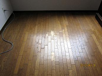 床の修繕(長尺シート)